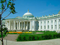 Здание Института скорой помощи им. Н. В. Склифосовского
